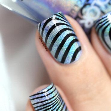 Smooshy waves nail art by Marine Loves Polish