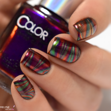 Multichrome watermarble nail art by melyne nailart