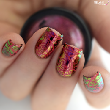 Multichrome powder and stamping nail art by melyne nailart