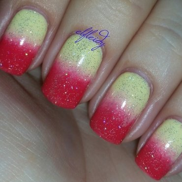 #26GreatNailArtIdeas 05-12-2017 nail art by Jenette Maitland-Tomblin