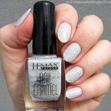 Lemax white marble Swatch by Nail Crazinesss