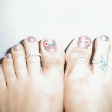 flower toes nail art by Kristina