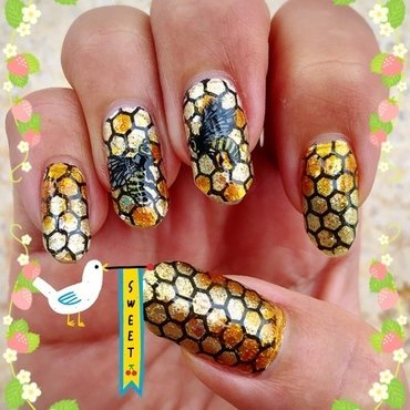 dripping with honey nail art by Idreaminpolish