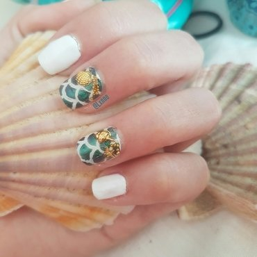 Don't be Shellfish nail art by Lxnne