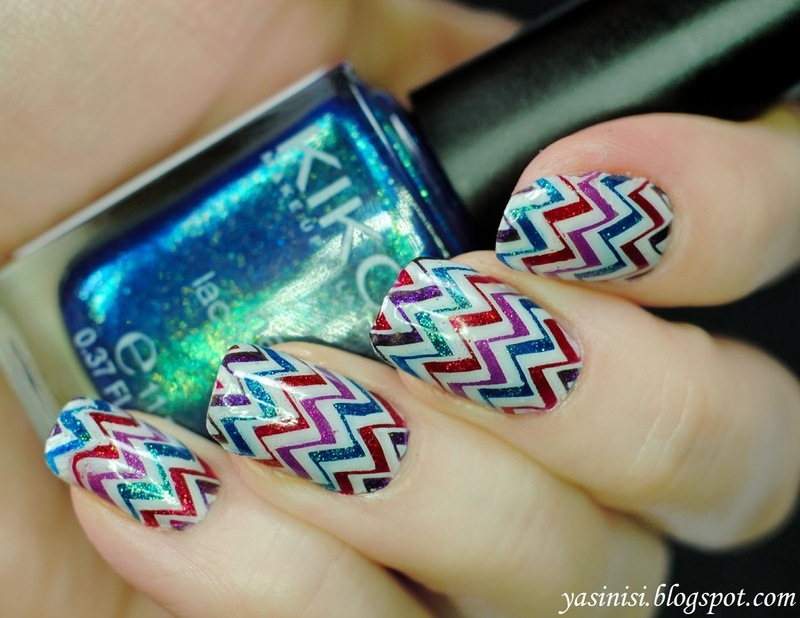 Chevron nail art by Yasinisi