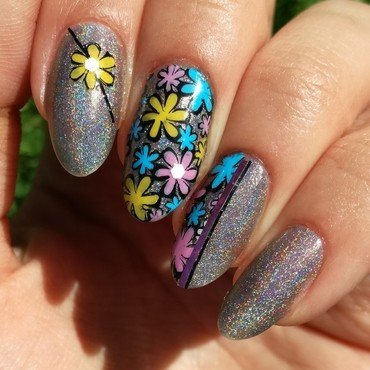 Flowerpower nail art by MaliNaila