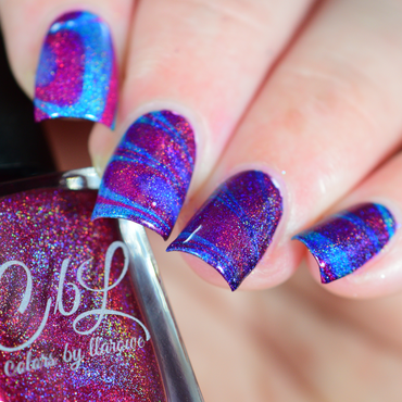 Holographic Water Marble nail art by Crystal (Seriously Lacqueing)