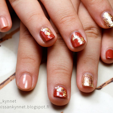 Rosy Browns nail art by Yue