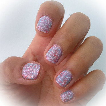 Stamping over #fanbrushfriday  nail art by Avesur Europa