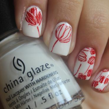 Simple tulip nails nail art by Reelika