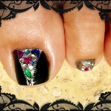 secret person of the heart nail art by Idreaminpolish