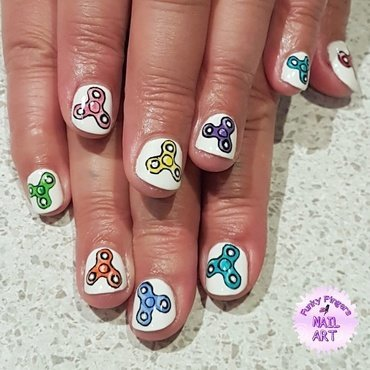 Fidget spinner nails nail art by Funky fingers nail art