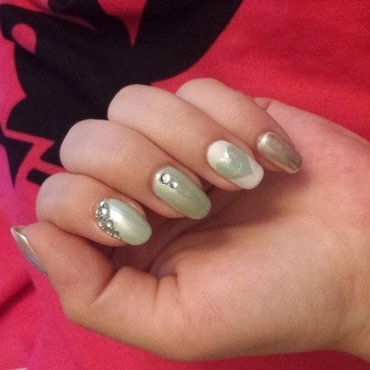 mint & white mirror chrome nail art by mariejane