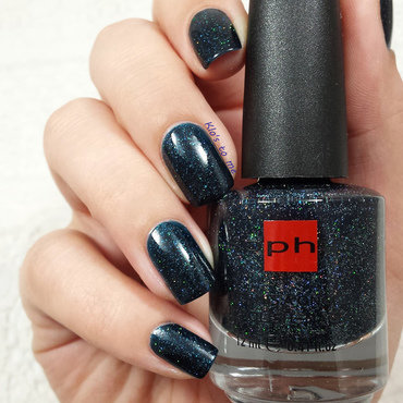 Sophin Cosmetics Avant Garde Swatch by klo-s-to-me