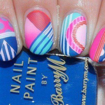 Abstrakes für MoYou nail art by Plenty of Colors