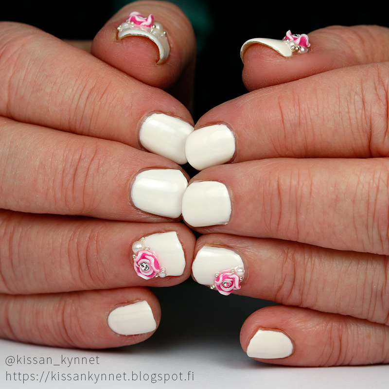 Roses and Pearls nail art by Yue