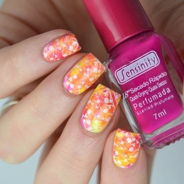 Neon smooshy stamping nail art by Heipyh