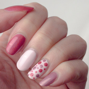 Dots shades of pink instagram thumb370f