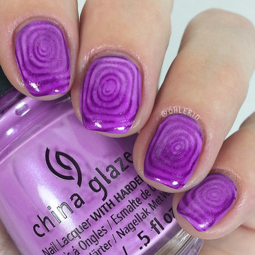 Purple swirls nail art by Lindsay