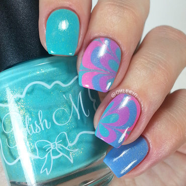 Watermarble nail art by Lindsay