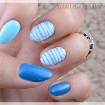 Blue stripes nail art by Jadwiga