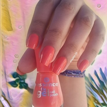 Essence mandarine bay Swatch by nailsofkh