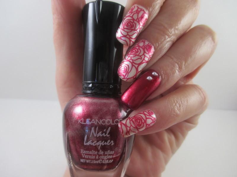 Solar Roses nail art by NinaB