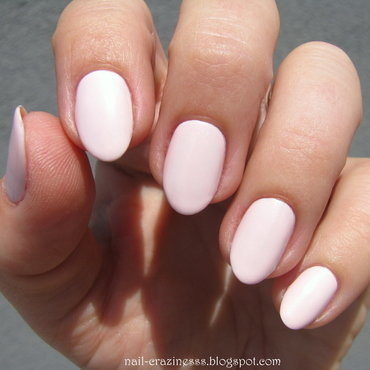 Rimmel 203 Lose your lingerie Swatch by Nail Crazinesss
