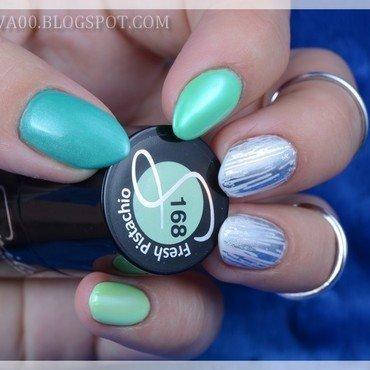 Green + holo transfer foil  nail art by Jadwiga