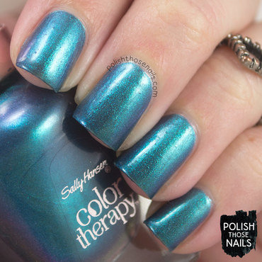Sally hansen reflection pool teal duochrome swatch 3 thumb370f