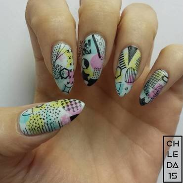 80's Stars nail art by chleda15
