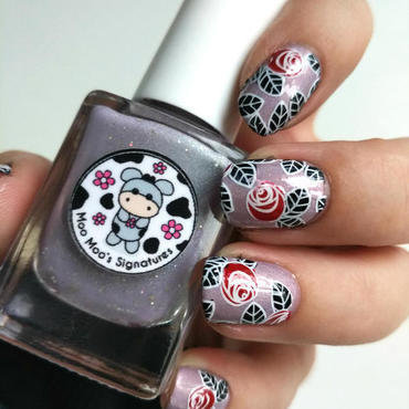 Gothic Roses with Reverse Stamping nail art by Salla Hietanen