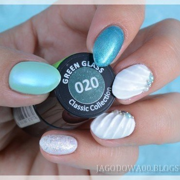 Shell nail art nail art by Jadwiga