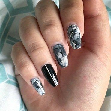 Minimalist Monochrome nail art by Jensen Payne