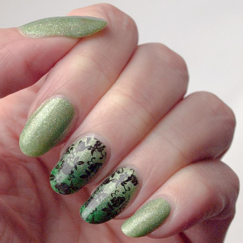 Three greens make a manicure nail art by What's on my nails today?