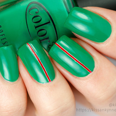 Green stripe nail art thumb370f