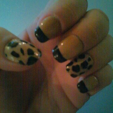 Tipsy leopard nail art by Teana Jones