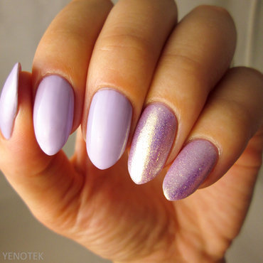 Pastel vioelt and sparkling rose-gold nail art by Yenotek