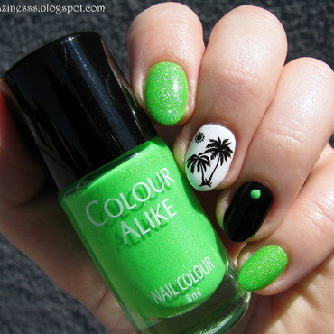 Neon palm trees nail art by Nail Crazinesss