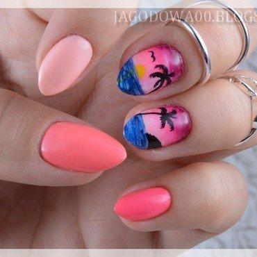 Tropical Sunset  nail art by Jadwiga