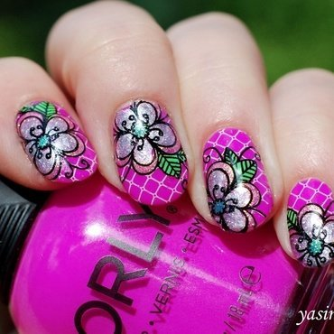 Summer flowers nail art by Yasinisi
