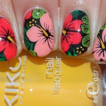 #5yearsplentyofcolors Tropical nail art by Plenty of Colors