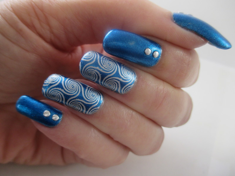 Metallic nail art by NinaB