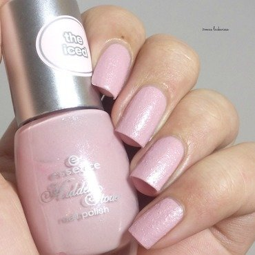 Essence rose in wonderland Swatch by irma