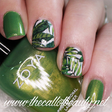 Jungle Green nail art by The Call of Beauty