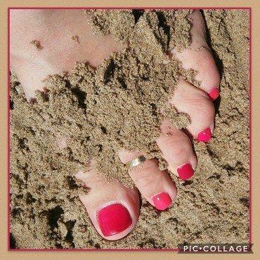 Pinky Toe nail art by NaNails