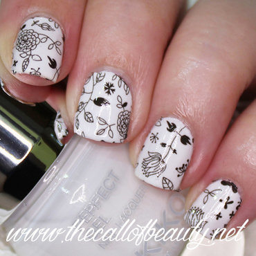 Floral Black & White nail art by The Call of Beauty