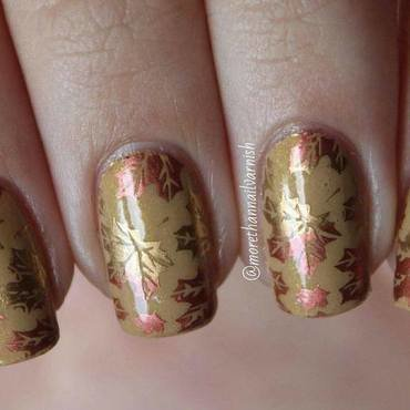 Fall/Autumn Leaves Nail Art nail art by Reelika