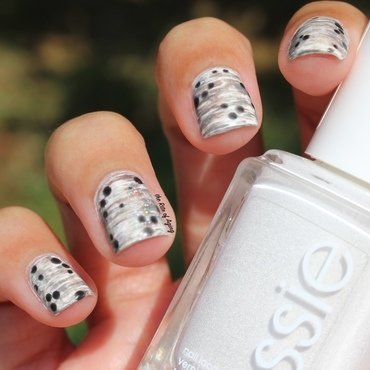 B&W Dry Brush nail art by Monica