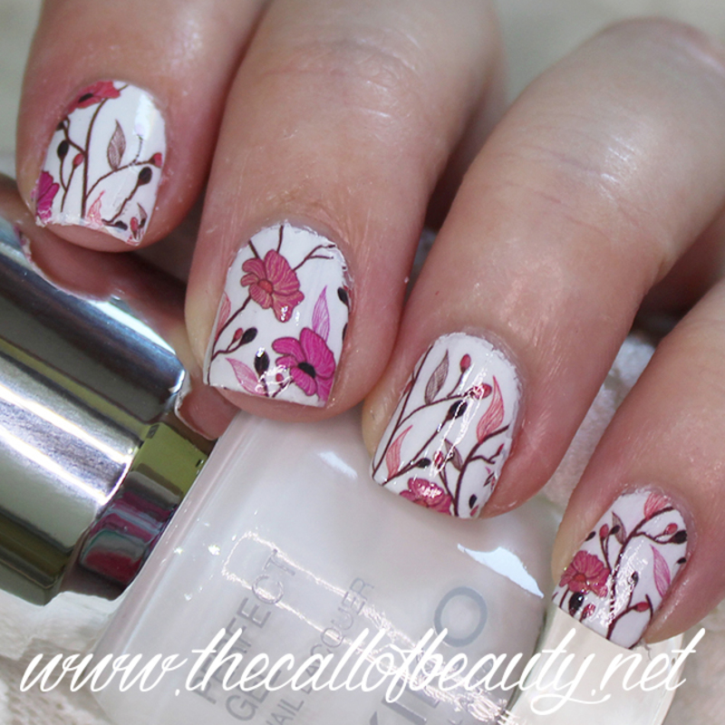 Delicate Flowers nail art by The Call of Beauty